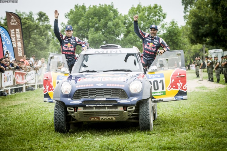 Rallye-Dakar-2015-MINI-ALL4-Racing-X-Raid-Red-Bull-Tag-13-01