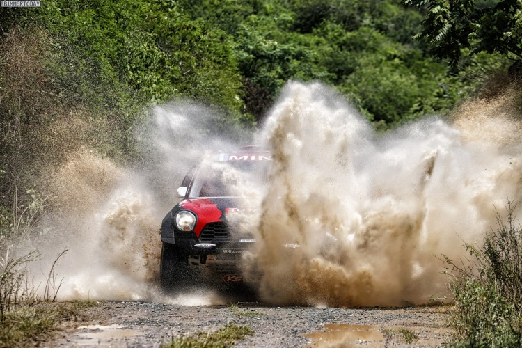 Rallye-Dakar-2015-MINI-ALL4-Racing-X-Raid-Tag-12-04