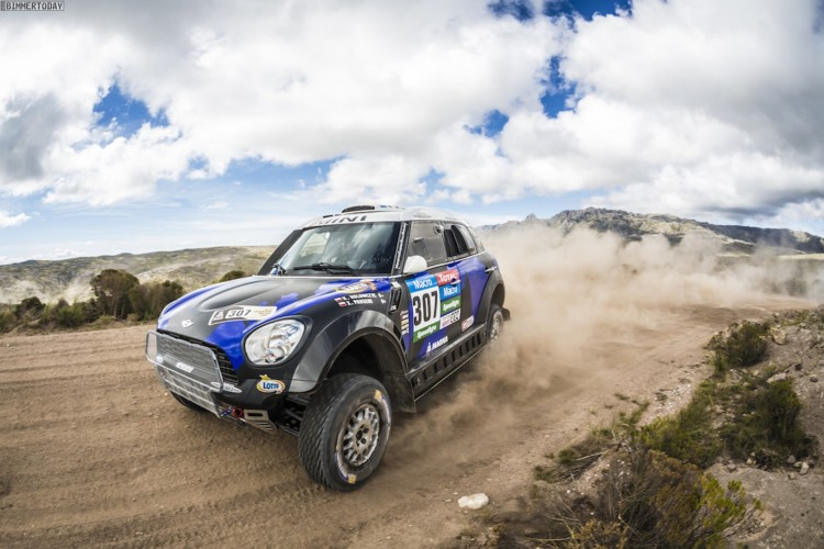 Rallye-Dakar-2015-MINI-ALL4-Racing-X-Raid-Tag-2-06