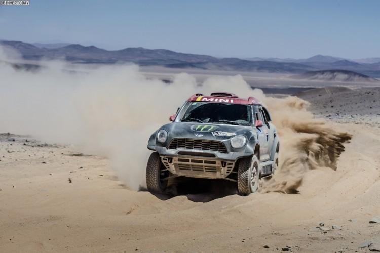 Rallye-Dakar-2015-MINI-ALL4-Racing-X-Raid-Tag-5-01