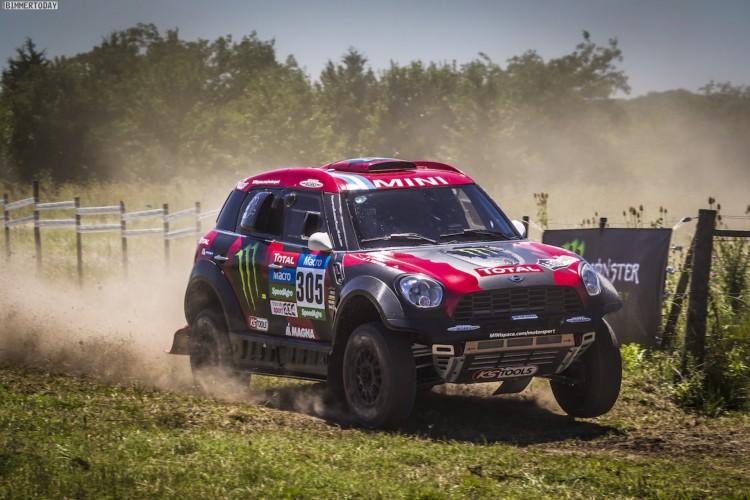 Rallye-Dakar-2015-X-Raid-MINI-ALL4-Racing-Tag-1-007