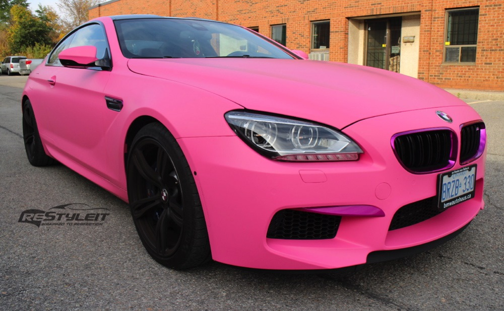 bmw m6 mit folierung in pink matt restyleit macht frauen. Black Bedroom Furniture Sets. Home Design Ideas