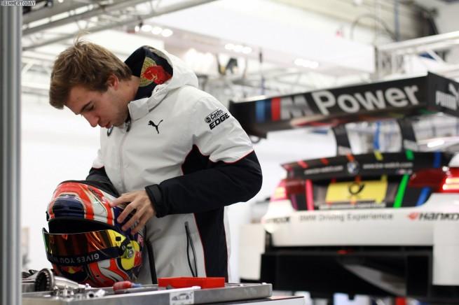 Red-Bull-BMW-M4-DTM-2014-Felix-Antonio-da-Costa-2