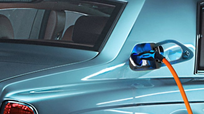 Rolls-Royce-Elektro-ElectricLuxury