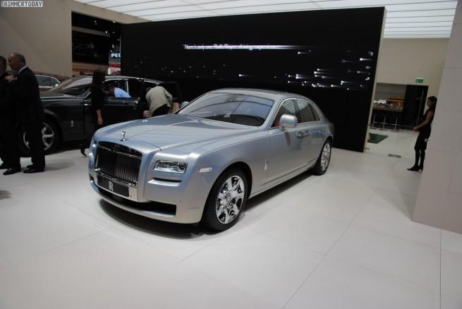 Rolls-Royce-Ghost-Bespoke-Silver-100-Paris-2010-05