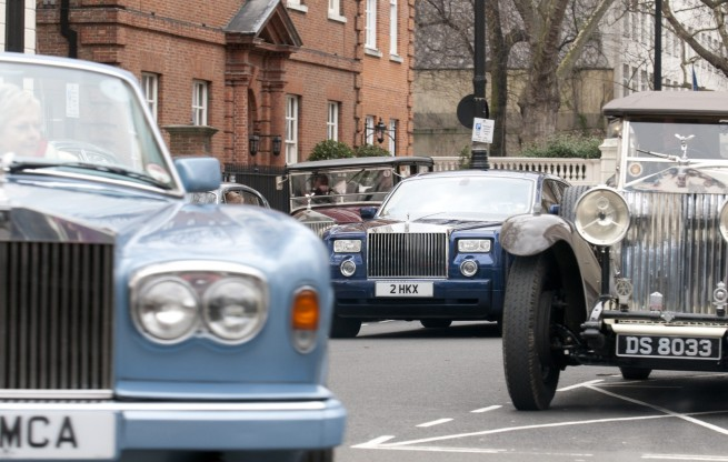 Rolls-Royce-Spirit-of-Ecstasy-Centenary-Drive-London-2011-01