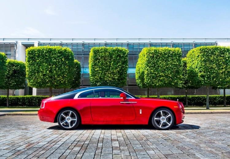 Rolls-Royce-Wraith-2014-Pebble-Beach-Bicolor-Rot-Schwarz-Inspector-Morse-3