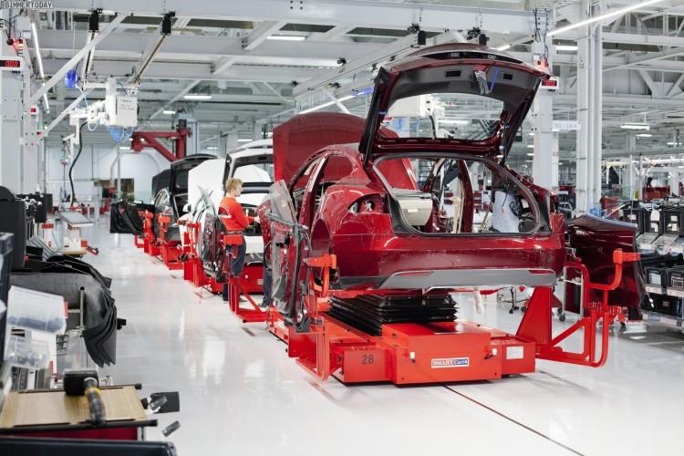 Tesla-Carbon-BMW-i-Gespraeche-Leichtbau-Kooperation-Elektroauto-02