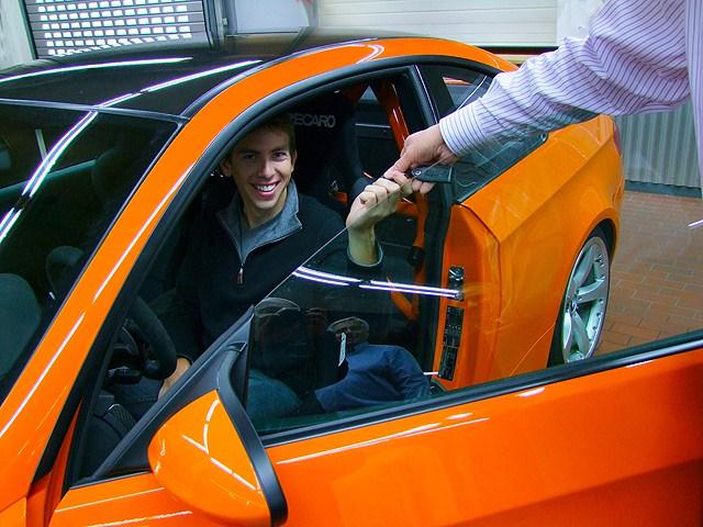 Tommy-Milner-besucht-BMW-M-GmbH-Garching-08