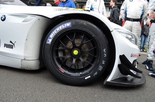 VLN-2013-BMW-Z4-GT3-Nuerburgring-Nordschleife-01