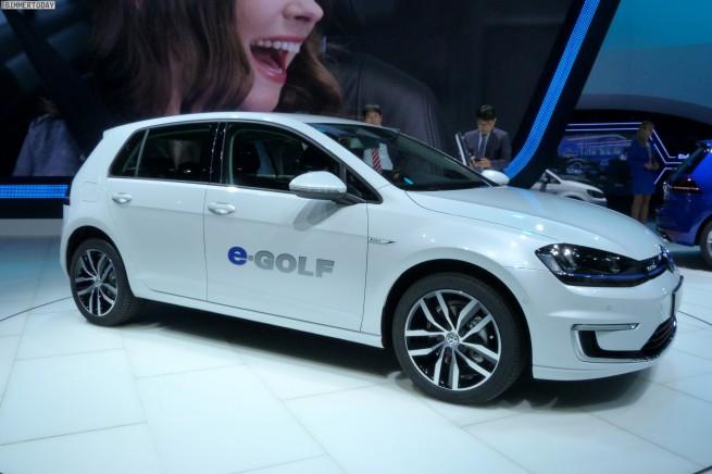 Volkswagen-VW-e-Golf-IAA-2013-LIVE-05