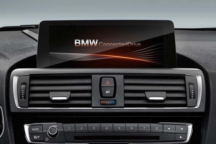 bmw-connected-drive-adac-f20-lci-2015-02