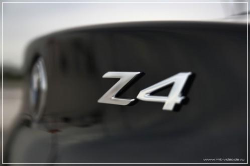 z4-35i-schwarz-18